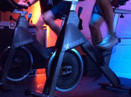 spinning-bikes-spinning